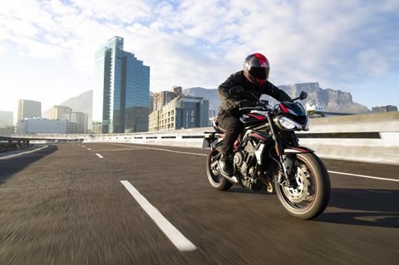 2020年モデル 新型STREET TRIPLE R LOW 発表